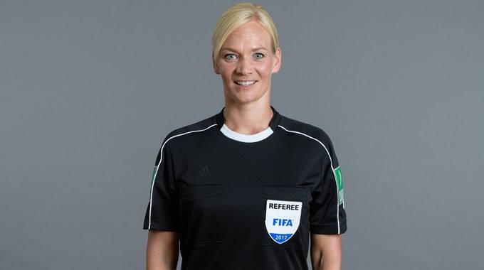 In Germania arriva il primo arbitro donna: è una poliziotta